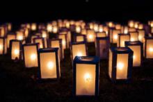 """Bild """"Lichter"""" von Jill Wellington auf Pixabay"""